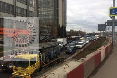 Пробка на участке ремонта дороги