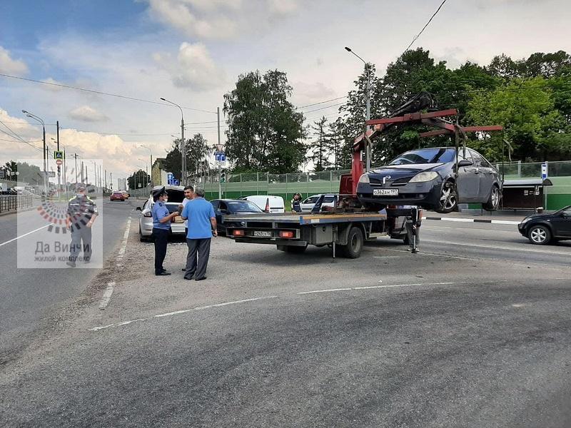 Сотрудники ГИБДД ловили таксистов-нарушителей