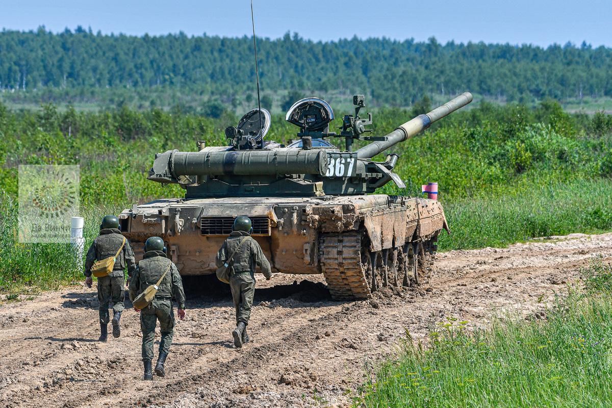Танк Кантемировской дивизии на учениях