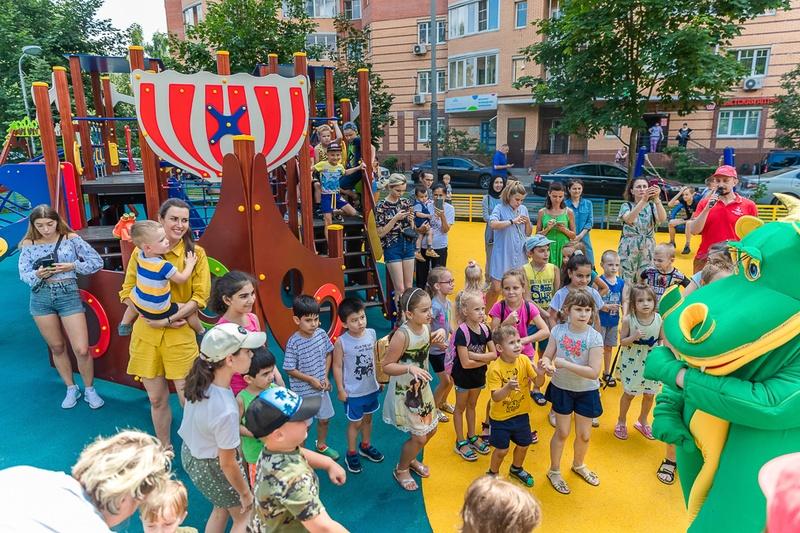 Новая детская площадка в Одинцово Вокзальная 39